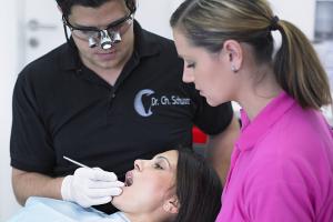 Zahnarzt Implantologie Dortmund